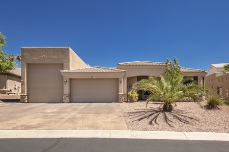 Gorgeous Rv Garage Home In Gated Community 1037 Montrose