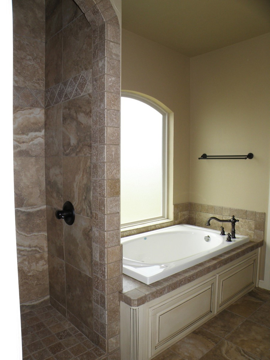 walk in showers with no doors mstr shwr tub