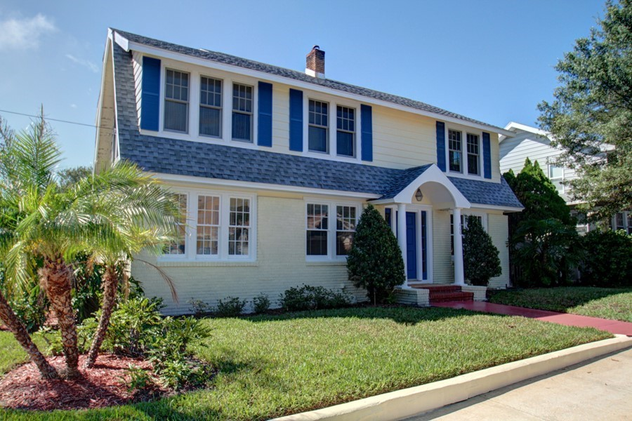 Classic Crescent Lake Dutch Colonial Home! - 800 18th Ave N, St ...