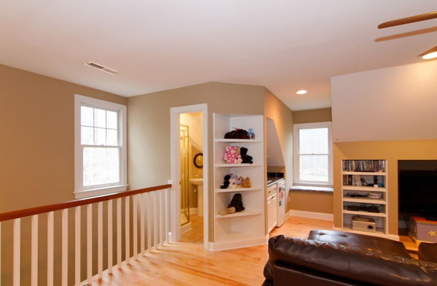 Have Small Bathroom Over Stairs Going Up The Bonus Room