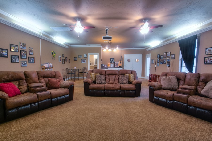 Luxury Home on 1.4 acres in NW Oklahoma City (