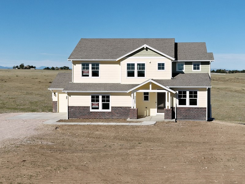 Pikes Peak & Front Range Views - Walkout Basement - 32285 Legacy ...