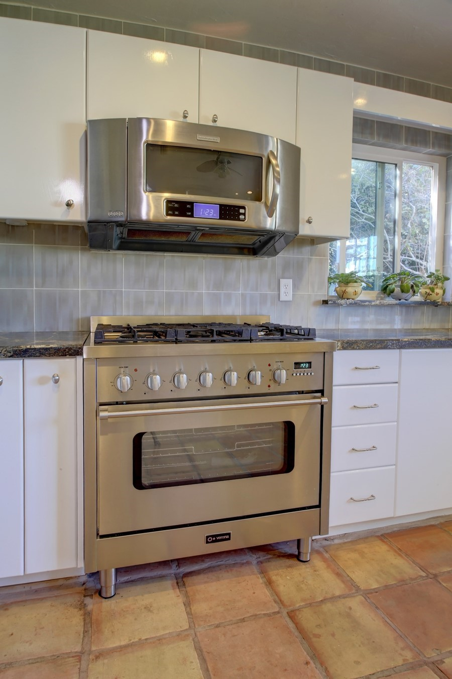 best over stove microwave it s all furnitures - Above Stove Microwave
