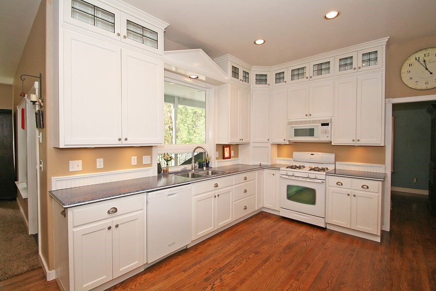 42 inch kitchen cabinets 8 foot ceiling 42 inch cabinets 8 foot ceiling 28 images awesome 42 10267